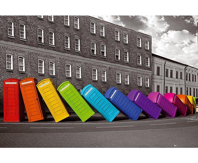London : phone boxes